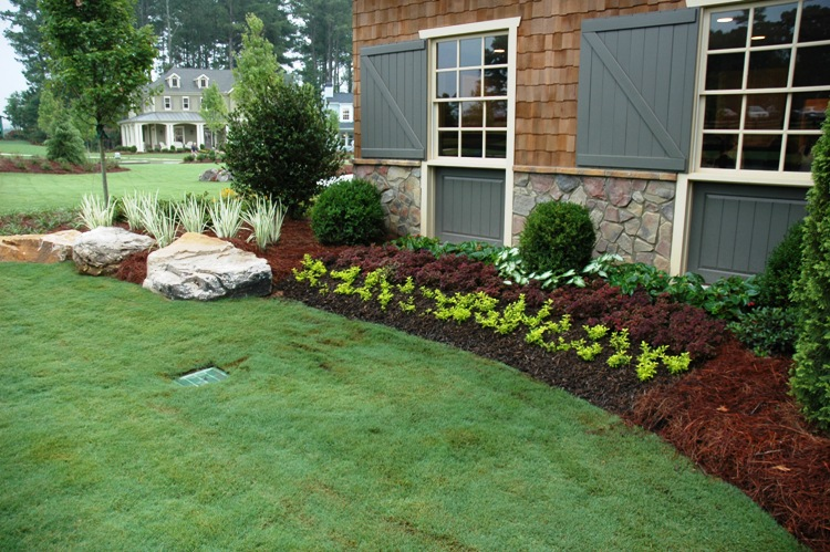Residential landscape portfolio green acres landscaping for Residential landscaping